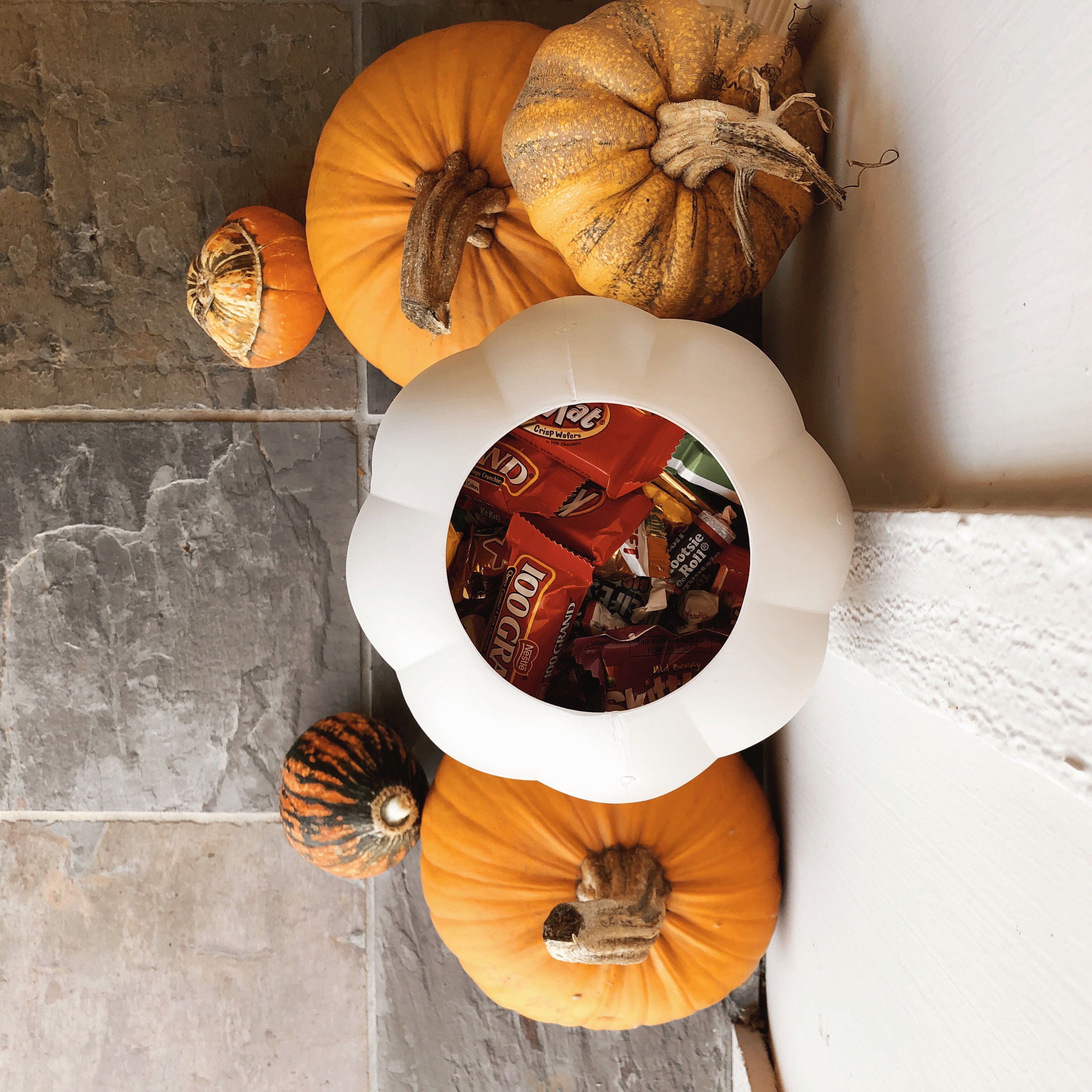 DIY STACKED PUMPKIN CANDY HOLDER